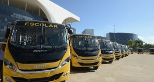 Município de São João das Missões é contemplado com três ônibus escolares, um caminhão pipa, e um carro para auxiliar nos serviços públicos