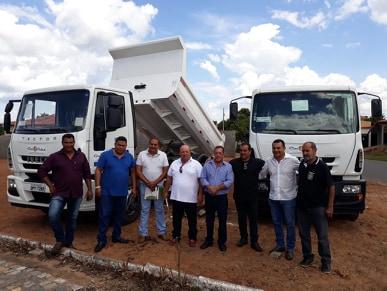 Município de São João das Missões será beneficiado com prestação de serviço de caminhão caçamba e pipa via parceria com o Consórcio Público para o Desenvolvimento Regional – CIMVALES